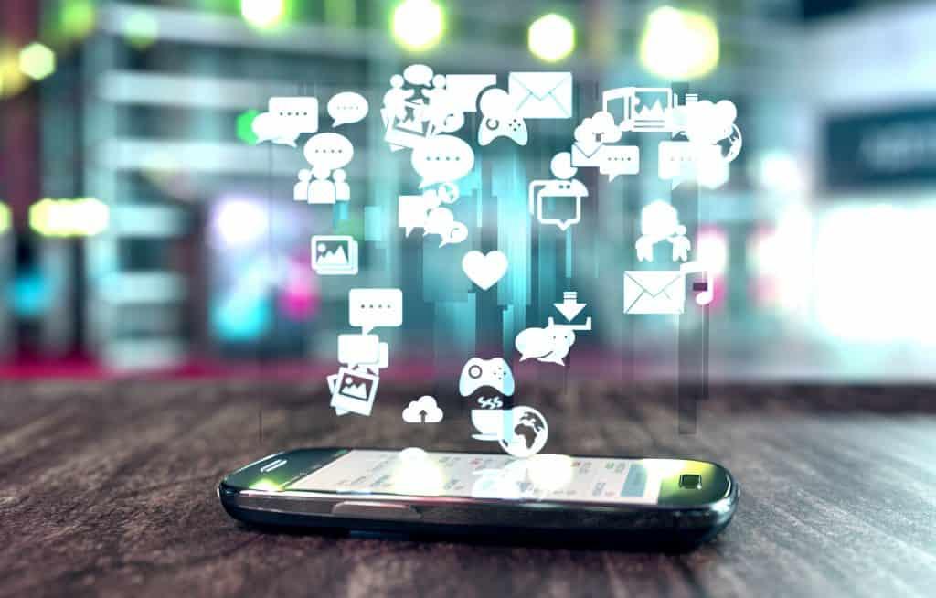 Top 5 aplikacij za telefon